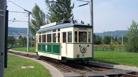 Sonderfahrt zur Stadtbesichtigung mit einer historischen Straßenbahn durch Jena