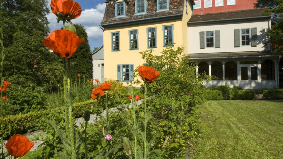Die Erlebnisangebote in Schiller Gartenhaus zeigen Jenas klassische Seite © JenaKultur, Foto: Toma Babovic