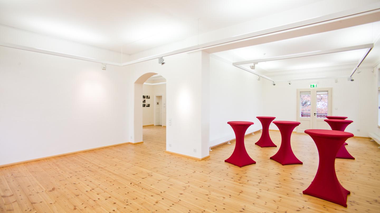 Die obere Etage, die als Ausstellungs- oder Veranstaltungsbereich genutzt werden kann © JenaKultur, Foto: Jens Hauspurg