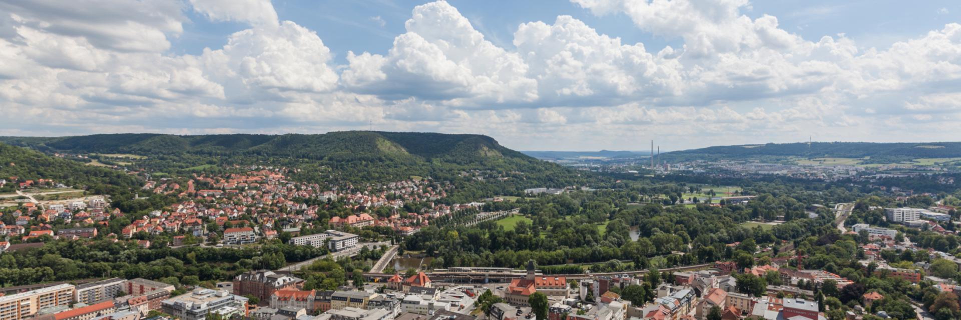Luftaufnahme der Tagungsstadt Jena