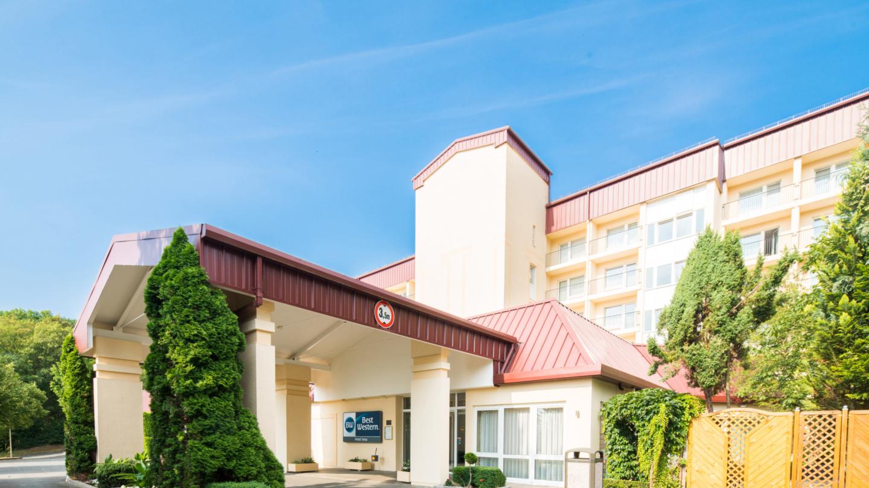 Best Western Hotel Jena: Außenansicht bei Tag © Best Western Hotel Jena, Foto: Florian Busch