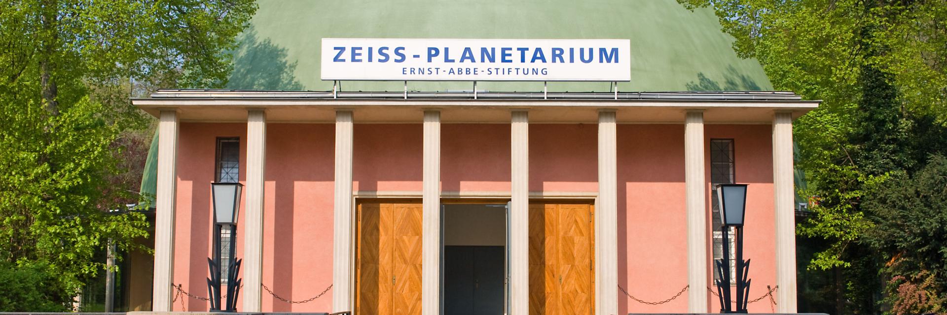 Außenansicht des Zeiss-Planetarium der Tagungsstadt Jena