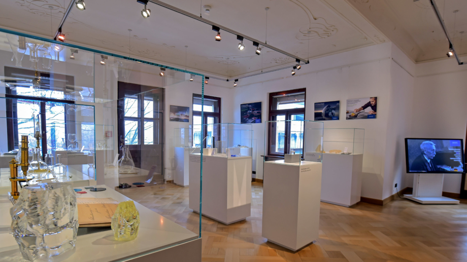 Neu gestalteter Ausstellungsraum der SCHOTT Villa in Jena