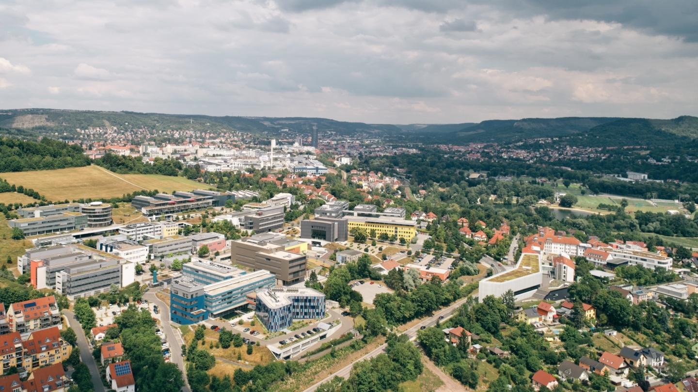 Luftaufnahme des Wissenschaftscampus Beutenberg © TIP Jena GmbH, Foto: Tino Sieland