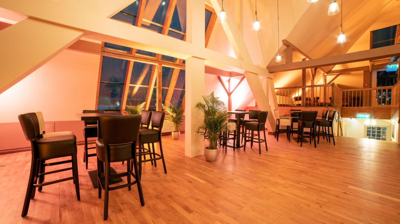 Business-Loft im Dachgeschoss der Villa am Paradies © Arena Betriebsgesellschaft, Foto: Christoph Worsch