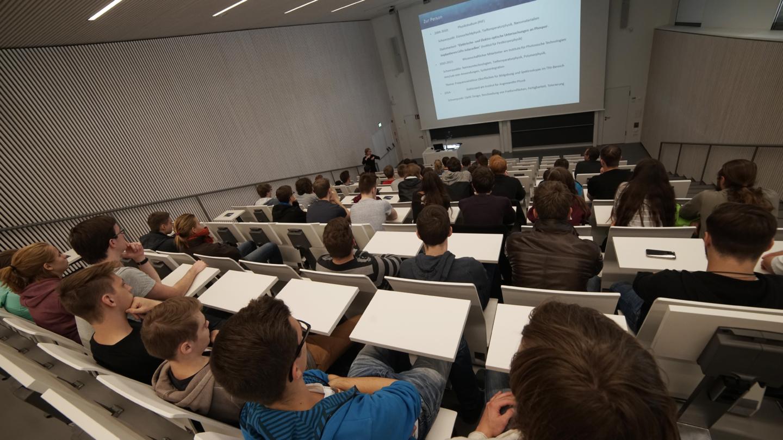 Auditorium im Abbe Center of Photonics am Beutenberg Campus Jena © Abbe Center of Photonics, Foto: Jan-Peter Kasper/FSU