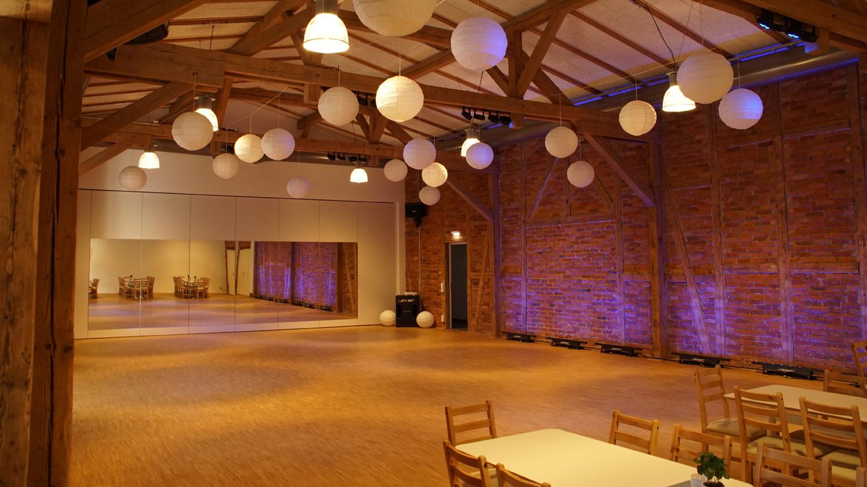 Saal der Tanzschule führbar, Saalseite 2 ©Tanzschule führbar, Foto: Christoph Beer