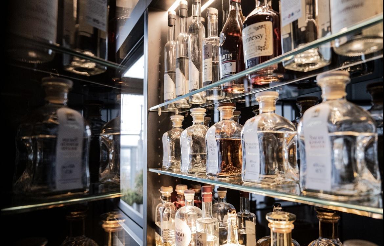 Die Bar im SCALA Restaurant mit einer großen Auswahl an Spirituosen